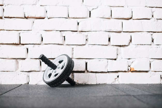 Ab roue près du mur