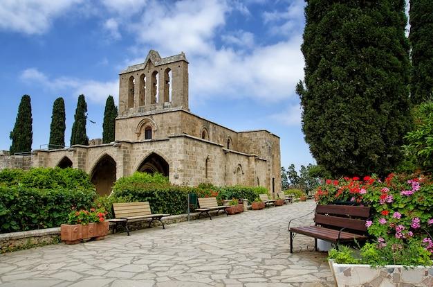 Abbaye de bellapais à kyrenia, république de chypre du nord