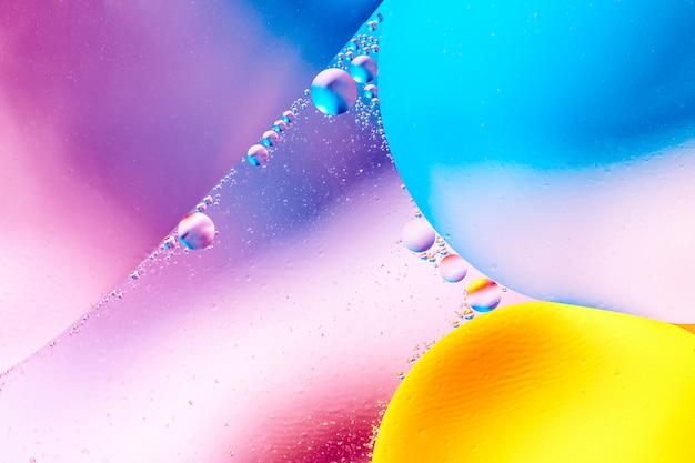 Abstrait de belle couleur de l'eau mélangée et huile