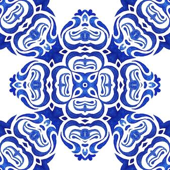 Abstrait bleu et blanc dessiné à la main tuile transparente motif de peinture aquarelle ornementale.