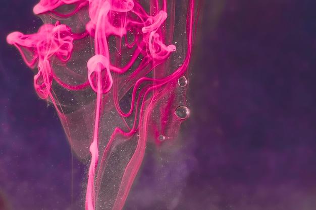 Abstrait bouquet de fleurs sous l'eau