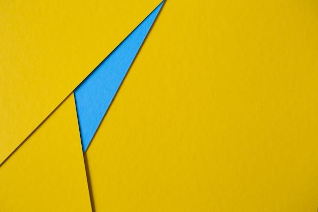 Abstrait de carton jaune et bleu