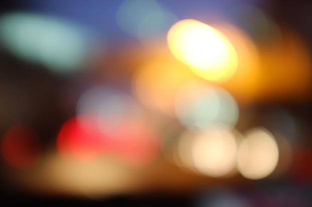 Abstrait élégant avec une lumière floue dans la nuit