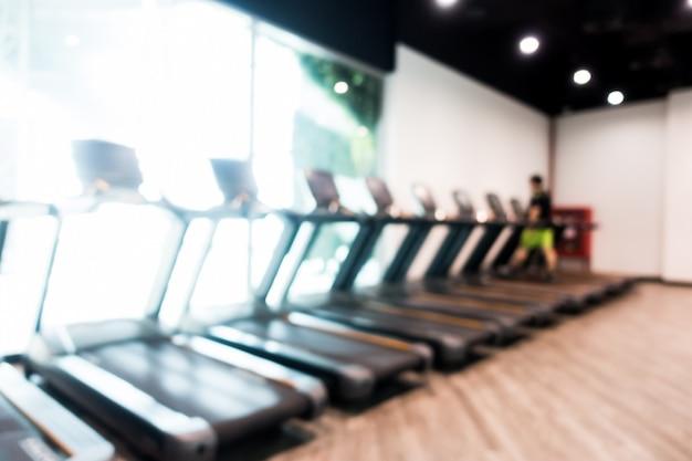 Abstrait flou gym et intérieur de la salle de fitness
