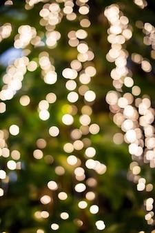 Abstrait avec des lumières défocalisées bokeh