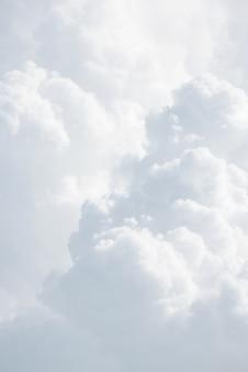 Abstrait avec des nuages