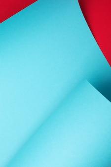 Abstrait de papier courbe bleue. cadre d'art, espace de copie. géométrique, minimal.