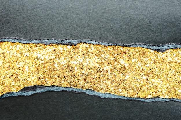 Abstrait et texture de papier noir déchiré et brillant avec du tissu à paillettes d'or. vendredi noir.