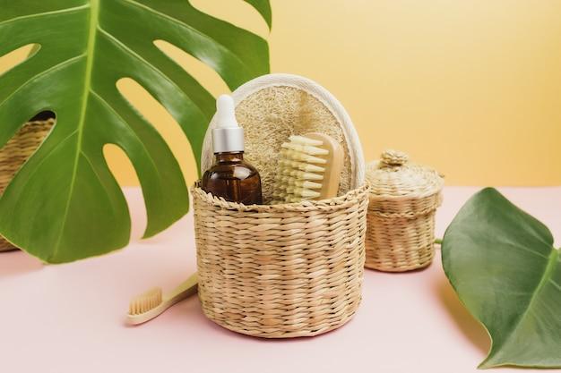 Accessoires de bain naturels, ensemble d'accessoires de bain naturels, produits écologiques.