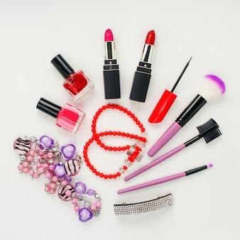 Accessoires et cosmétiques pour femmes