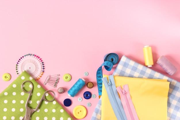 Accessoires De Couture Gros Plan Loisirs Tissus Et Fils Pour La Couture Photo Premium