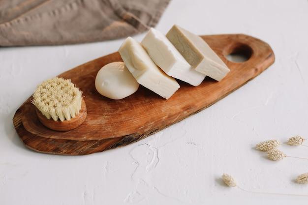 Accessoires de cuisine zéro déchet savon biologique naturel