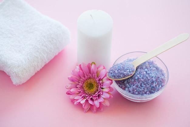 Accessoires de spa. soin de beauté au sel de bain