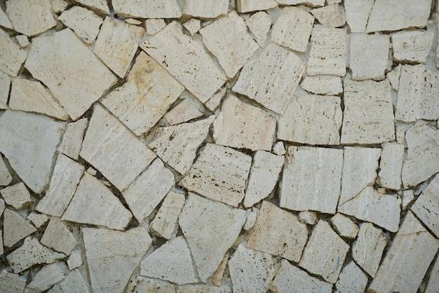 Accidenté sol en pierre