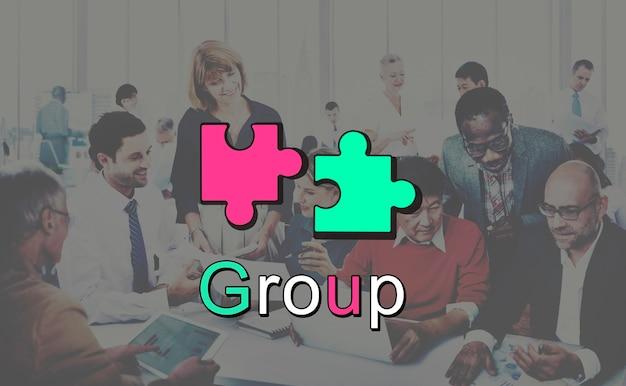 Accomplissement connexion coopération concept graphique