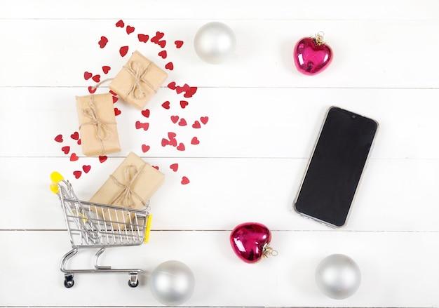 Achats de noël pour cadeaux et smartphone