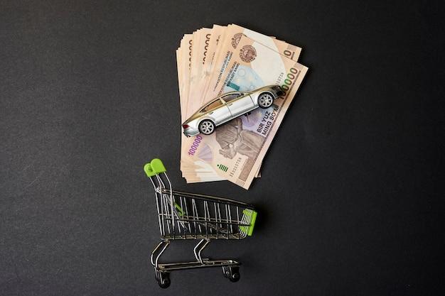 Acheter une assurance auto en ouzbékistan panier sommes ouzbeks et jouet de voiture