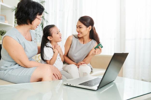 Acheter un cadeau en ligne pour sa fille