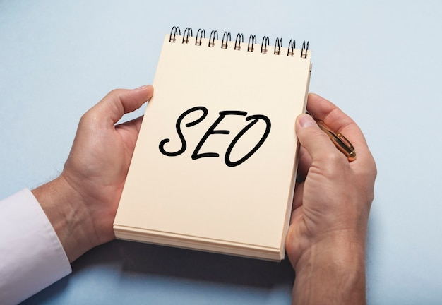 Acronyme seo, optimisation des moteurs de recherche pour la promotion des entreprises.
