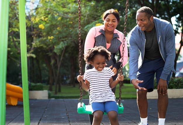 Activité physique famille plein air vitalité en santé