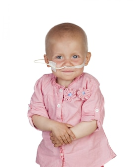 Adorable bébé qui bat la maladie