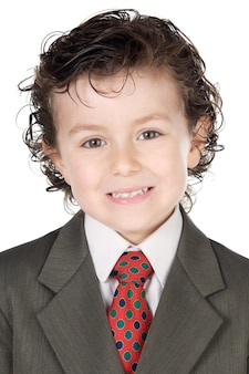 Adorable futur homme d'affaires sur fond blanc