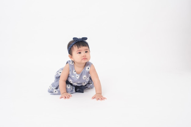 Adorable petite fille asiatique