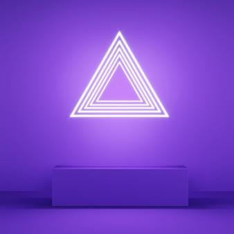 Affichage couleur rose abstrait avec néon en forme de triangle sur violet