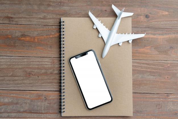 Affichage de voyage et d'avion et blanc
