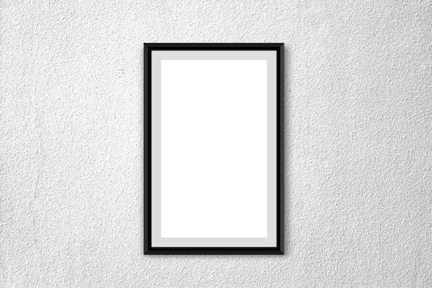 Affiche blanche avec cadre sur fond de ciment propre stuc