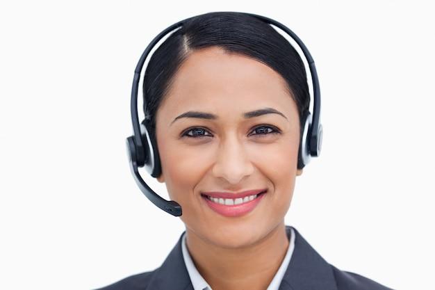 Agent de centre d'appel souriant souriant