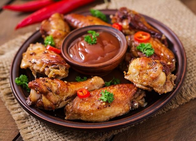 Ailes de poulet au four et sauce aigre-douce