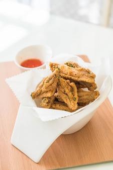 Ailes de poulet frites