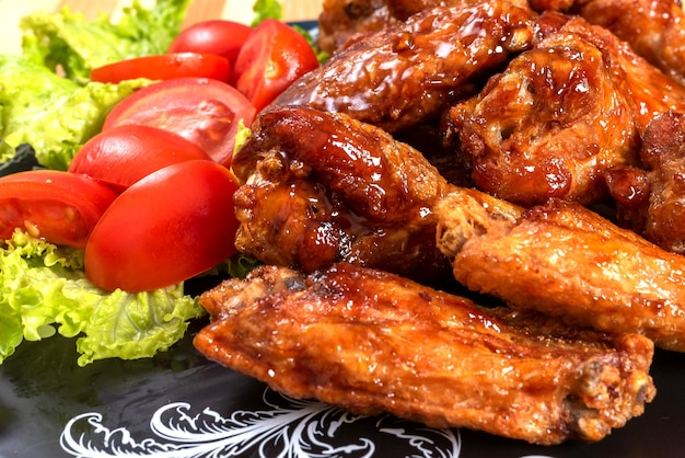 Ailes de poulet à la sauce aigre douce. pour n'importe quel but.