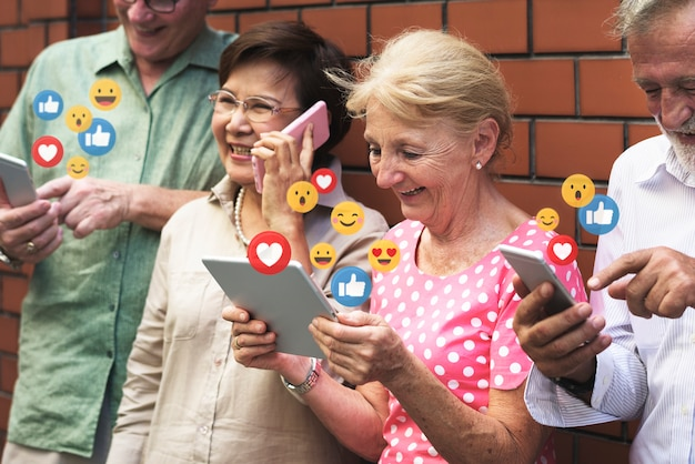 Aime sur les réseaux sociaux