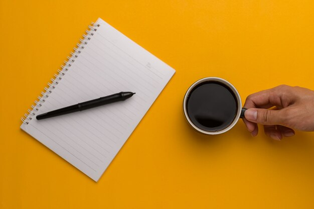 Aimer écrire, mémoriser aimer lire pour augmenter ses connaissances