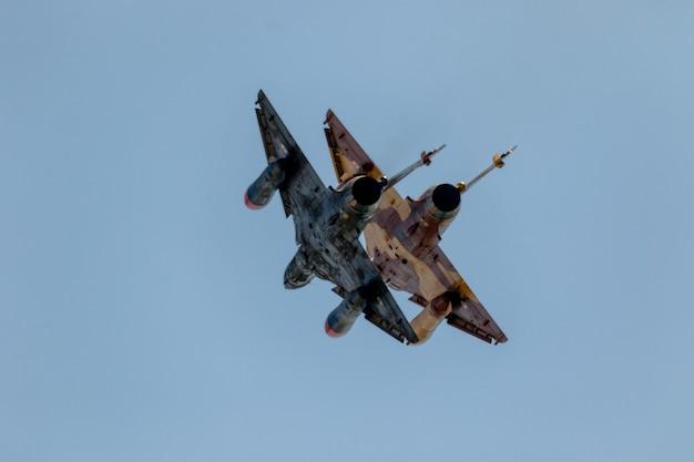 Aircraft mirage 2000 du delta tactique de couteau