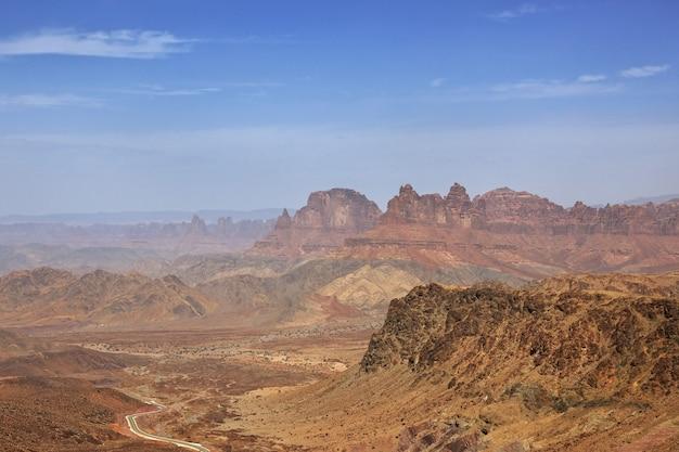 Al shaq great canyon, arabie saoudite