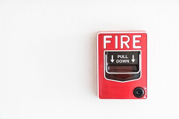 Alarme incendie sur le mur