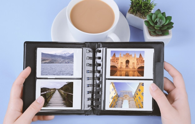 Album photo avec des photos instantanées de paysages