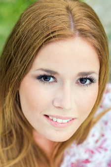 Alegria mujer gente joven sonrisa