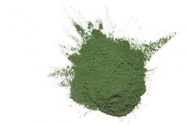 Algue spiruline sèche. poudre d'algues