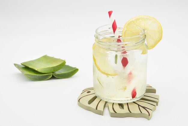 Aloe vera et jus de citron