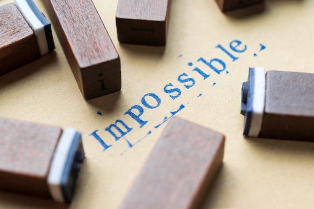 Alphabet lettre mot impossible à partir de lettres de timbre.