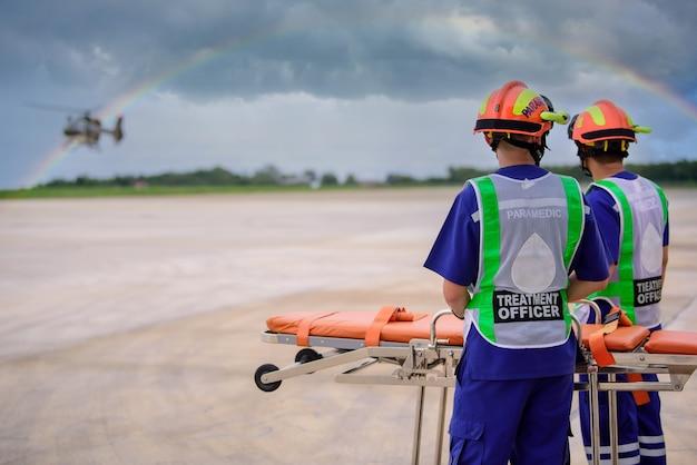 Ambulance paramédicale et mobile volante mieux connue sous le nom de vol de sauvetage