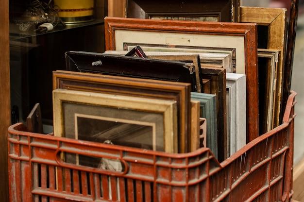 Aménagement d'objets du marché d'antiquités