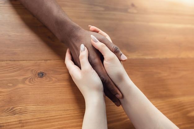 Amour, famille, soutien, amitié