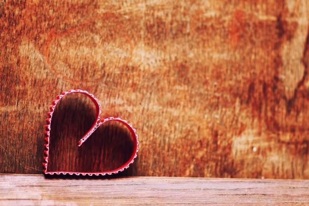 Amour en forme de coeur en bois de fond