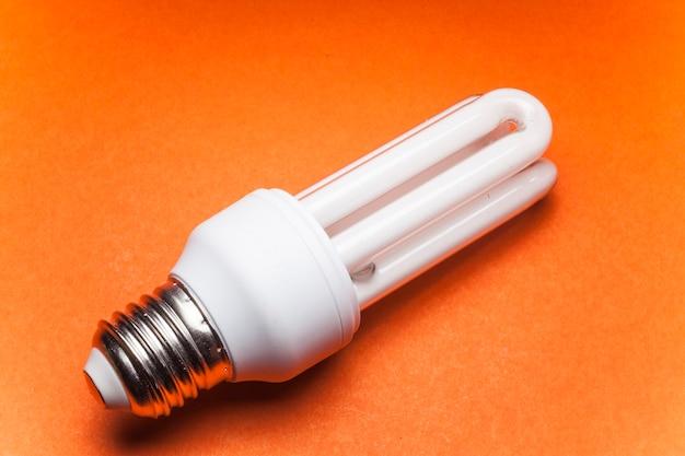 Ampoule pour le monde vert