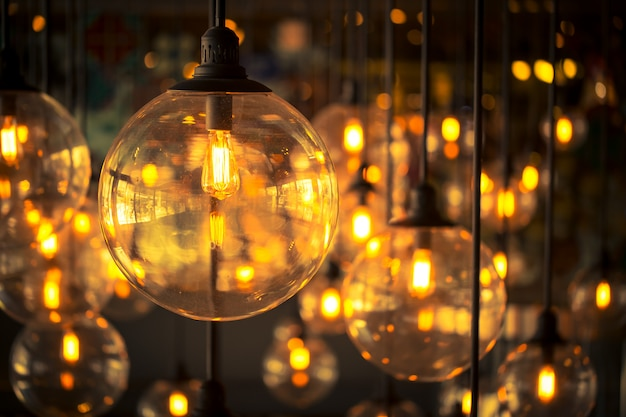 Ampoule en tungstène, ancien style design vintage.